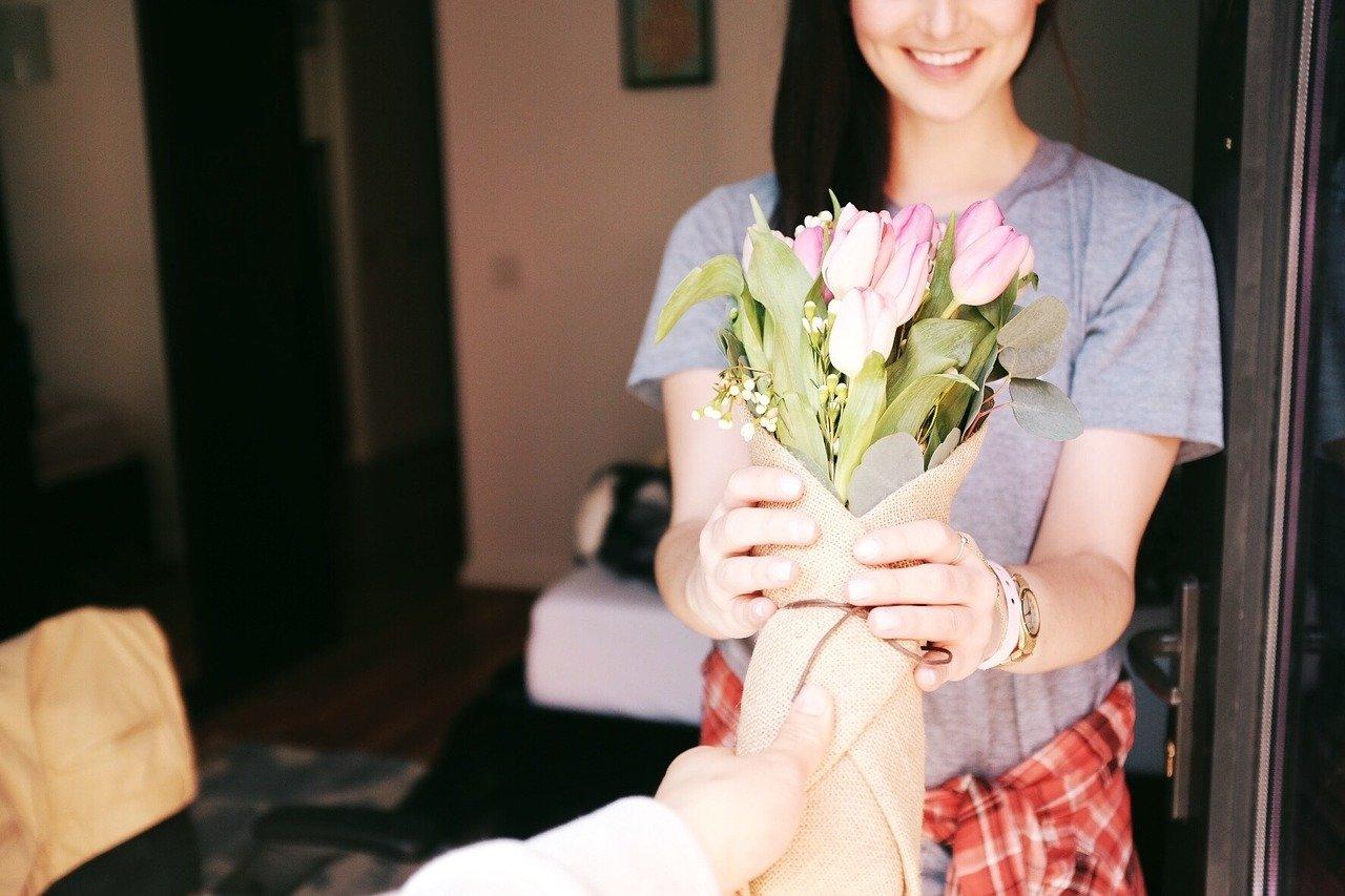 offrir cadeau pour se faire pardonner